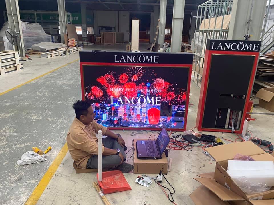 MÀN HÌNH LED P3 - LANCOME - CAMBODIA là một trong số các dự án nổi bật của Màn Hình Led - Hồng Nhân.