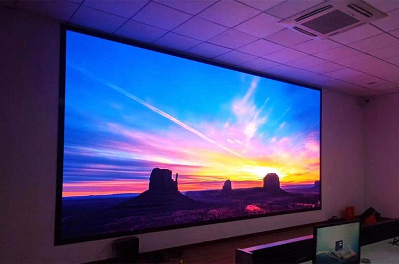 Màn hình LED trong nhà P2 có mật độ điểm ảnh lên tới 250.000 điểm ảnh/m2