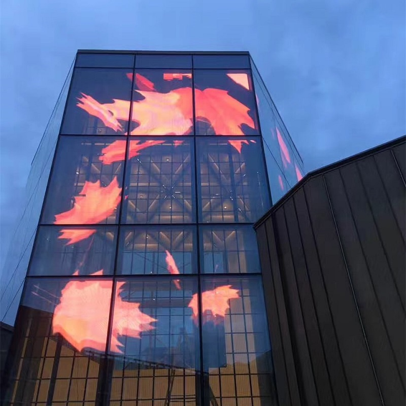 Màn hình LED trong suốt mang đến sự mới lạ cho các tòa nhà